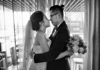 婚禮攝影 :Wesley & 狗狗 & Howard Lin  婚禮錄影:Yes先生錄影團隊  婚宴場地:台北東方文華