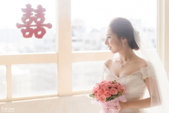 Enzo feng,婚攝,婚攝子安,婚禮紀實,婚禮紀錄,台北婚攝,Whotel,推薦婚攝,婚攝鯊魚影像團隊,龍鳳褂,台北靈糧堂,教會證婚
