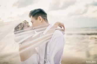 攝影 : 小倩男  協助 : Neo  造型 : Eva Lai  禮服 : Elitiana艾莉緹恩精緻手工婚紗