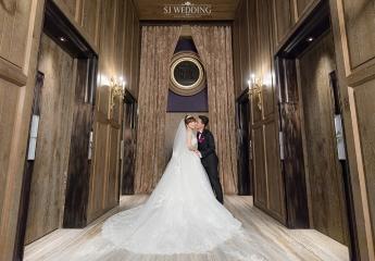 婚禮紀錄: 婚攝鯊魚 林淞 Arvin 宴客地點: 君品酒店 SJ Wedding 鯊魚影像團隊記錄妳和你的婚禮故事 ★更多婚攝作品 https://sjwedding.love/category/weddingday/ ★詢問婚攝報價 https://sjwedding.love/wedding_booking/